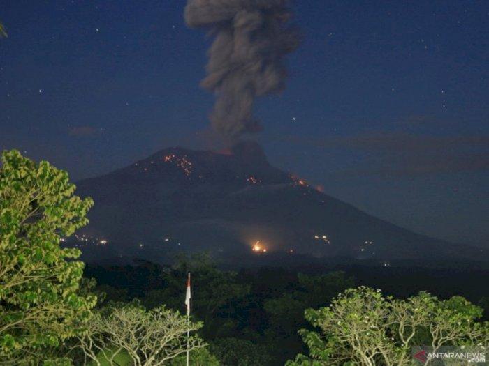 Hindari Zona Bahaya Pasca Erupsi Gunung Agung