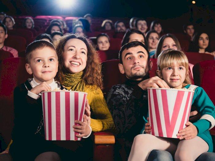 Nonton Film Di Bioskop Dengan Keluarga Anda