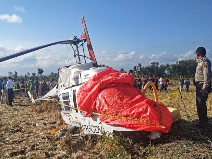 Helikopter Jatuh Di Desa Kawo, Tiga WNA Jadi Korban