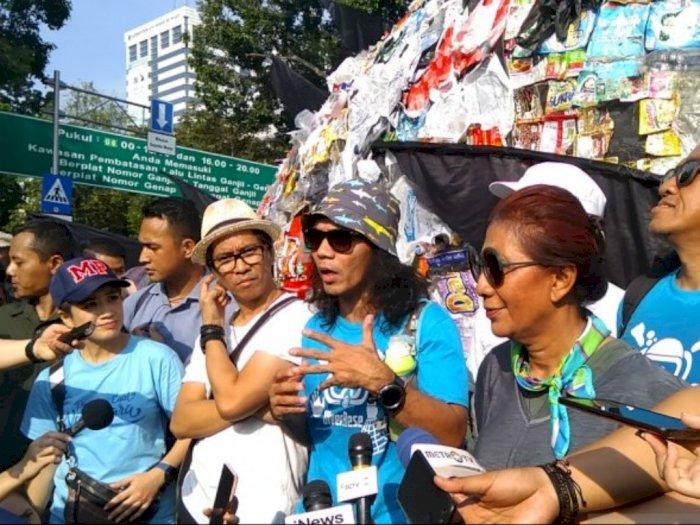 Kaka 'Slank': Kurangi Sampah Plastik Dimulai Dari Diri Sendiri