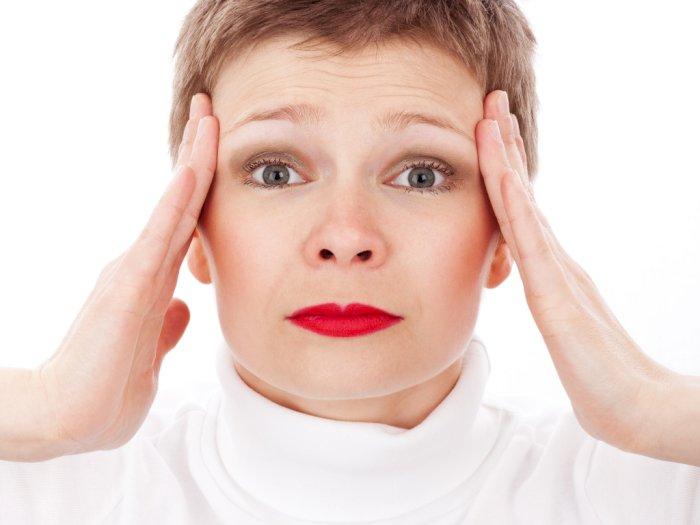 Ini Beda Sakit Kepala dengan Migrain