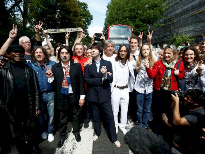 Ribuan Fans The Beatles Rayakan 50 Tahun Album 'Abbey Road'