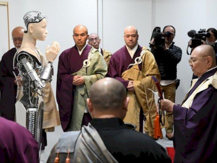 Robot Pendeta Di Jepang Yang Bisa Berikan Wejangan