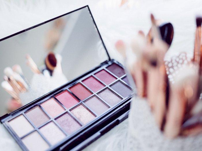 Tampil Natural dengan Blush On? Ini 3 Rekomendasi Blush On Buat Kamu