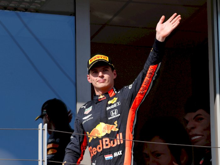 Bos Mercedes Pilih Max Verstappen Ketimbang Fernando Alonso