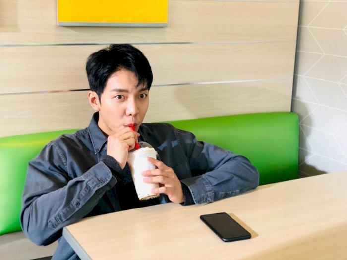 Lagi Syuting di Jogja, Lee Seung-gi Cicipi Cenil Lupis Mbah Satinem