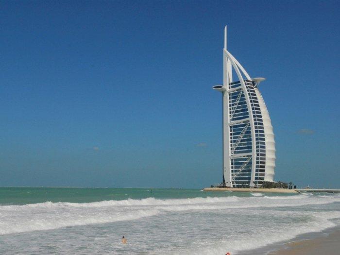 Dubai Memperketat Peraturan Alkohol Bagi Wisatawan