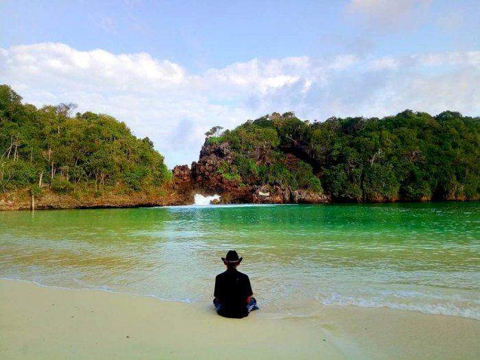 Rekomendasi 5 Pantai Keren di Malang Untuk Berakhir Pekan