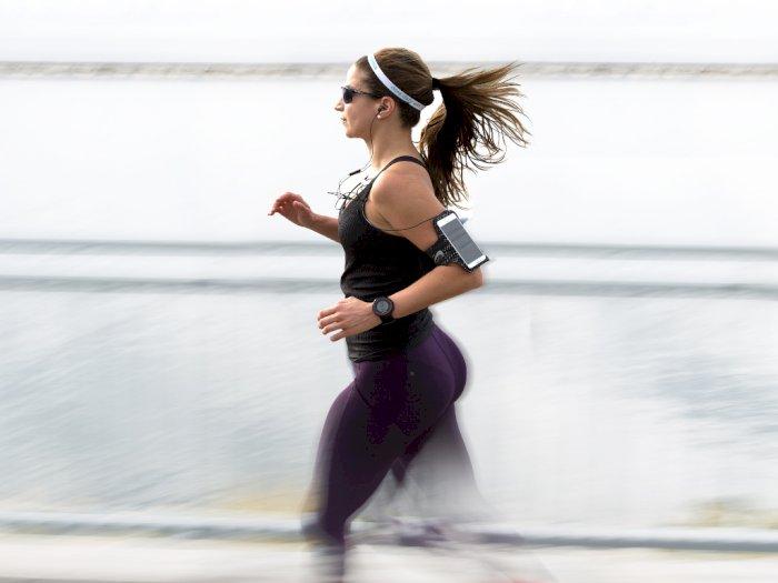 Berlari Sambil Mendengarkan Musik? Ternyata Ini Manfaatnya