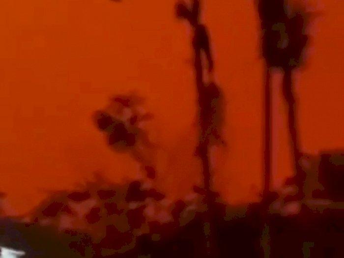 Kondisi di Jambi Kian Mencekam, Siang Hari Bak di Planet Mars