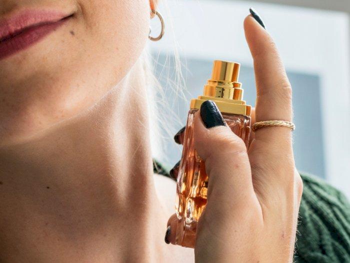 Wangi Parfum Tak Bertahan Lama? Ini 4 Tips yang Bisa Kamu Coba