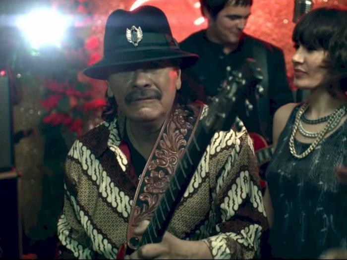 Carlos Santana dan Batik Indonesia