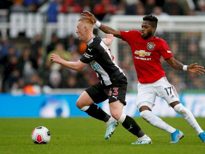 FOTO: Tumbangkan Manchester United, Newcastle Setopkan Nomor Corot