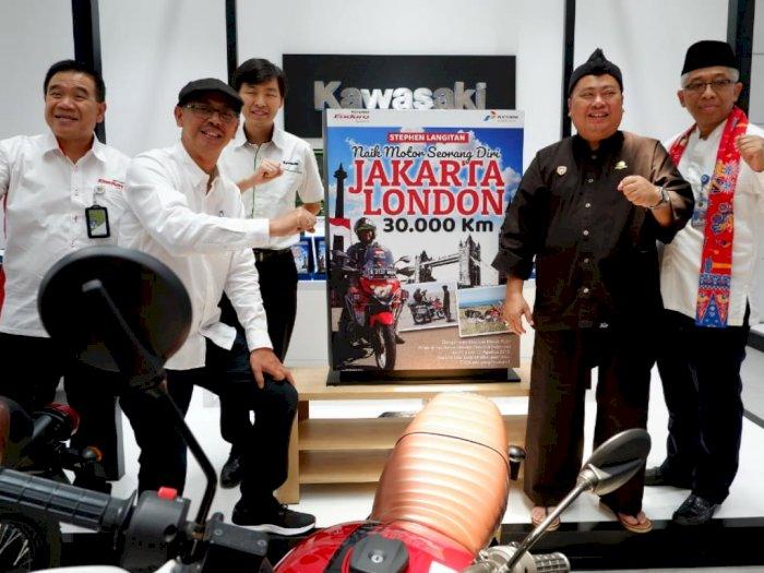 Tunggangi Kawasaki Versys, Pria Ini Touring Jakarta-London Sendirian