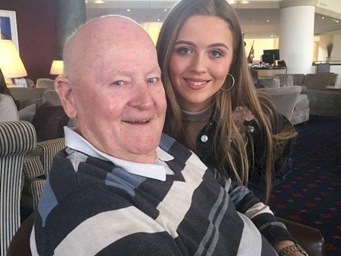 Karena Suara Indah Gadis Ini, Bantu Kakek Alzheimer Jaga Ingatannya