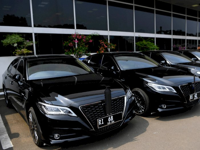 Intip Spesifikasi Toyota Crown, Sedan Mewah Para Menteri Jokowi