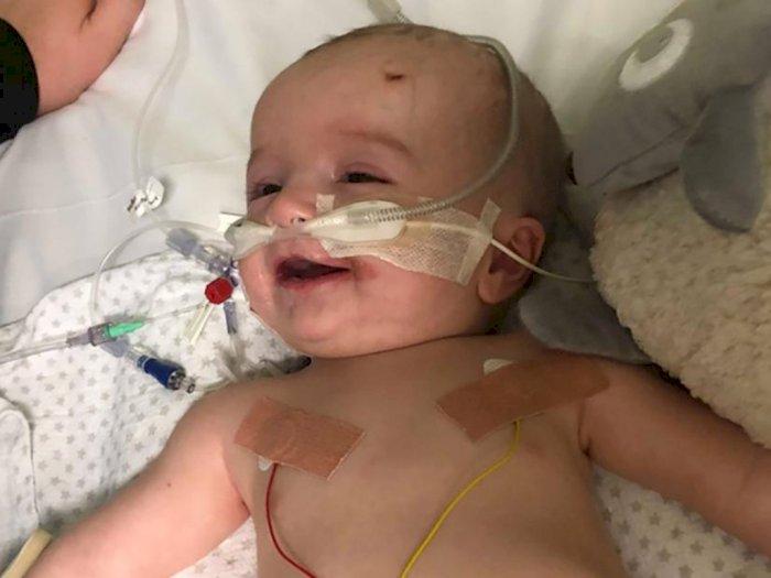 Bayi Pengidap Tumor Ini Langsung Senyum Setelah Bangun dari Koma