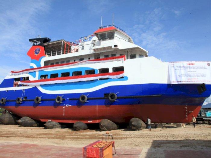 Keren, Kapal Untuk Penyeberangan Danau Toba Segera Beroperasi