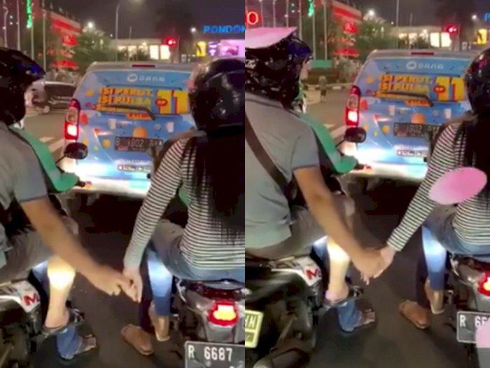 Naik Ojol Beda Motor Sambil Pegangan, Netizen: Jiwa Jombloku Bergetar