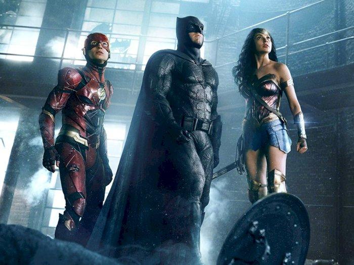 Gal Gadot Serukan Justice League Versi Zack Snyder Ditayangkan