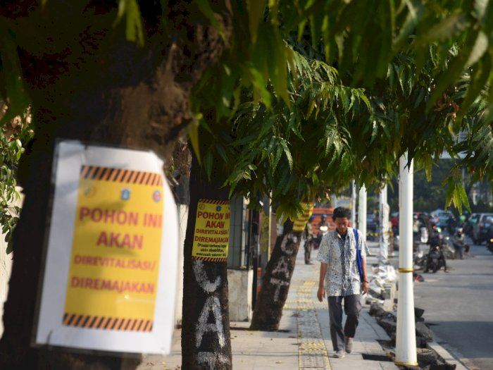Disabilitas di Jakarta Sayangkan Trotoar Masih 'Dikuasai' Pedagang