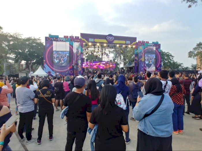 Element Bikin Kejutan Saat Reuni di 90's Festival!