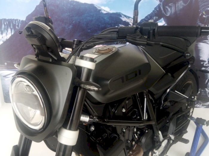 Motor Futuristik Husqvarna Curi Perhatian Pengunjung IIMS Motobike
