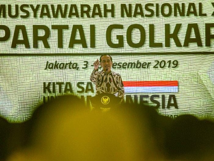 Tak Pantas Diberi Sepeda, Jokowi Berseloroh soal Tesla Bamsoet
