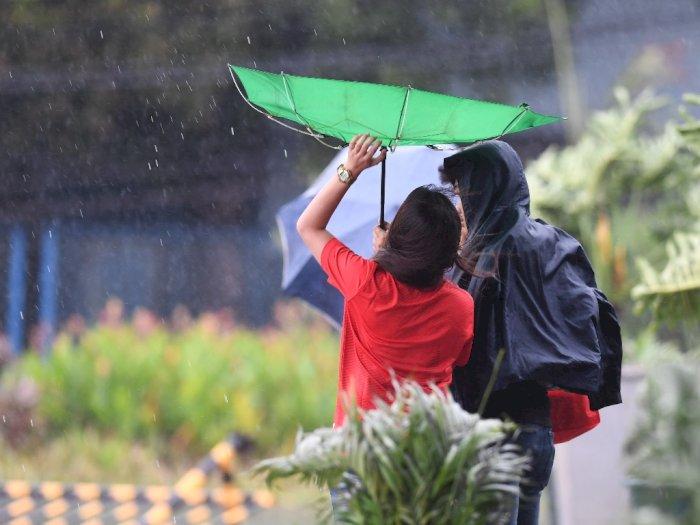 FOTO: Badai Kammuri Terjang Arena SEA Games Filipina