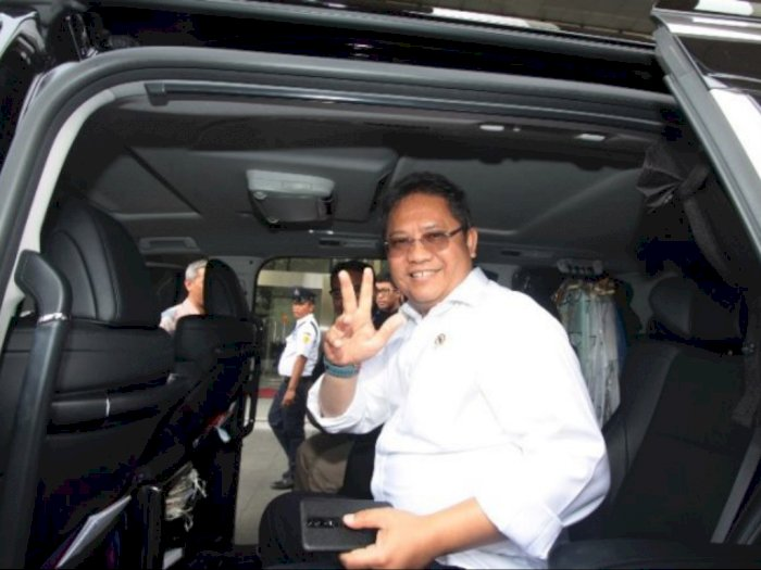 Luhut: Jokowi Tunjuk Rudiantara Jadi Dirut PLN