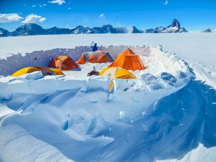 FOTO: Antartika yang Kian Ramai Dikunjungi Turis
