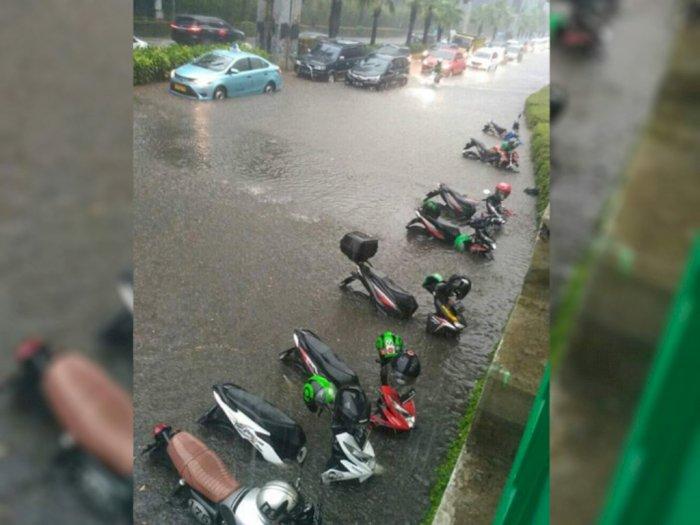 Hujan Guyur Jakarta sejak Sore, Ini 19 Titik Genangan Air