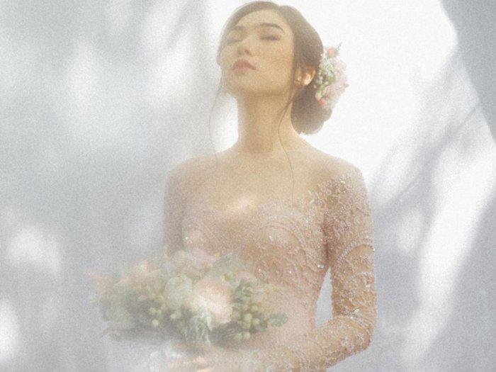 Inspirasi Tampilan Cantik Isyana Sarasvati Saat Lamaran