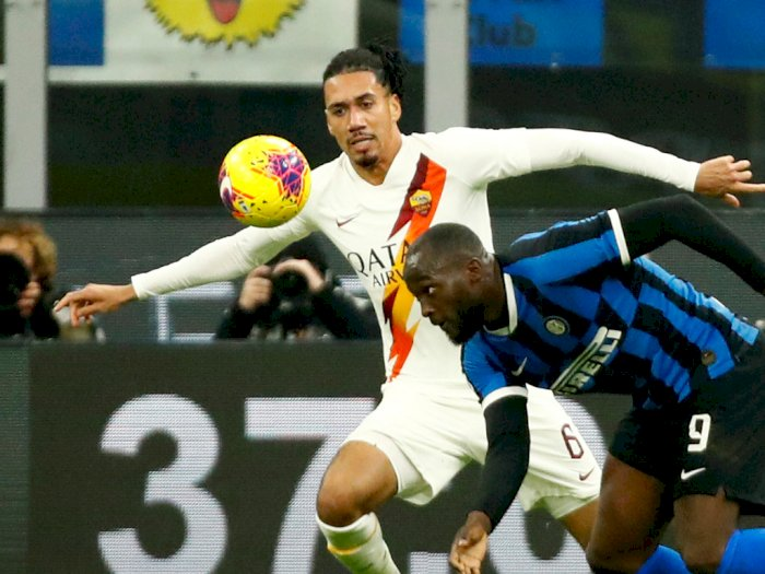 AS Roma Akan Permanenkan Chris Smalling
