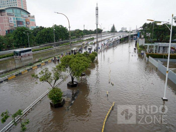 Kondisi Terkini Ruas Tol Jabodetabek yang Terdampak Banjir