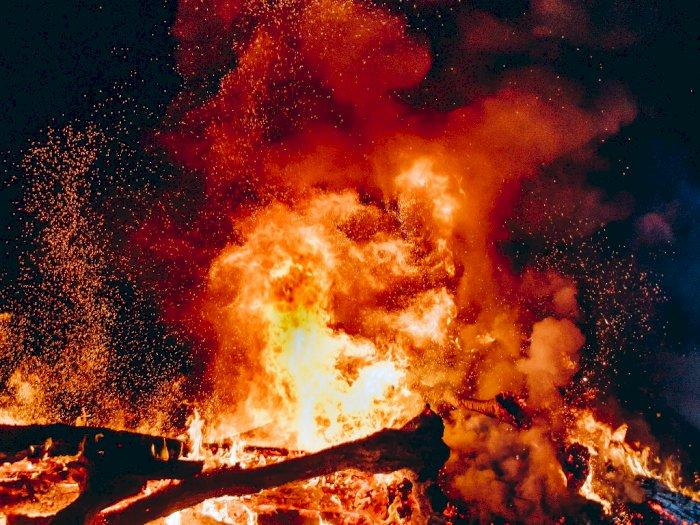 Kebakaran Rumah di Gunung Sahari Jakarta Pusat, 18 Damkar Dikerahkan