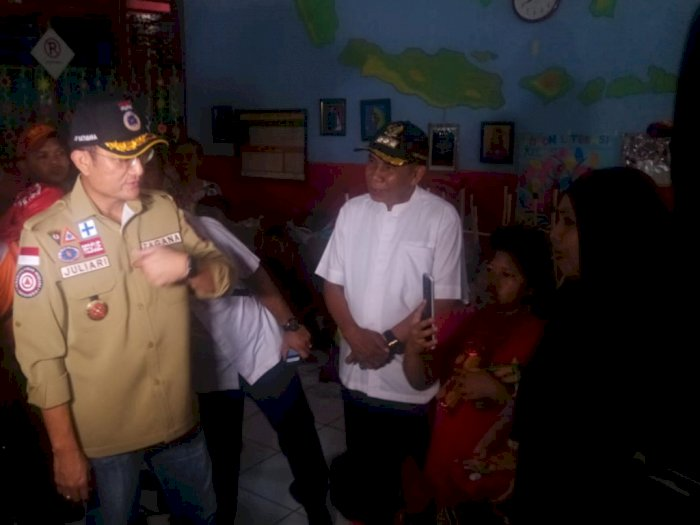 Tinjau Banjir, Menteri Sosial Pastikan Semua Korban Dapat Bantuan