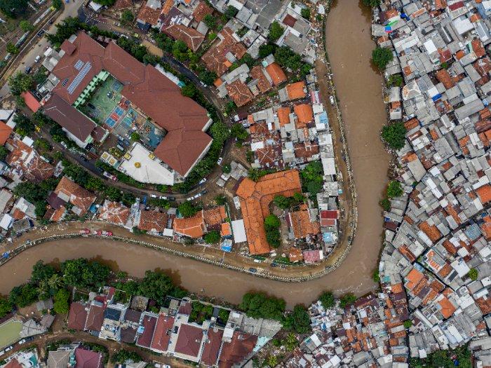 13 Sungai Jakarta Tidak Akan Cukup Cegah Jakarta Banjir, Ini Solusinya