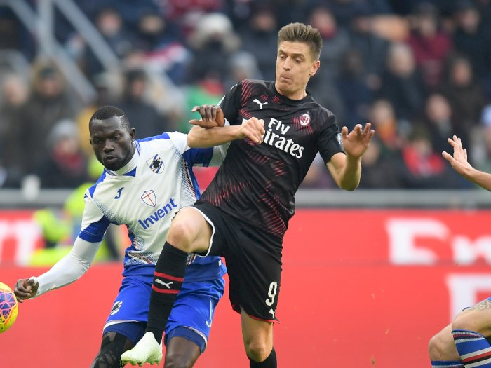 Aston Villa Tawarkan 25,5 Juta Pound Demi Menarik Krzysztof Piatek