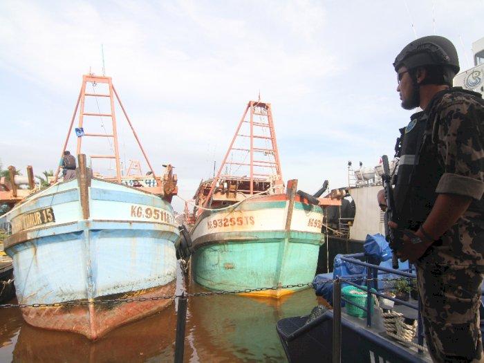 FOTO: KKP Tangkap 3 Kapal Pencuri Ikan di Laut Natuna