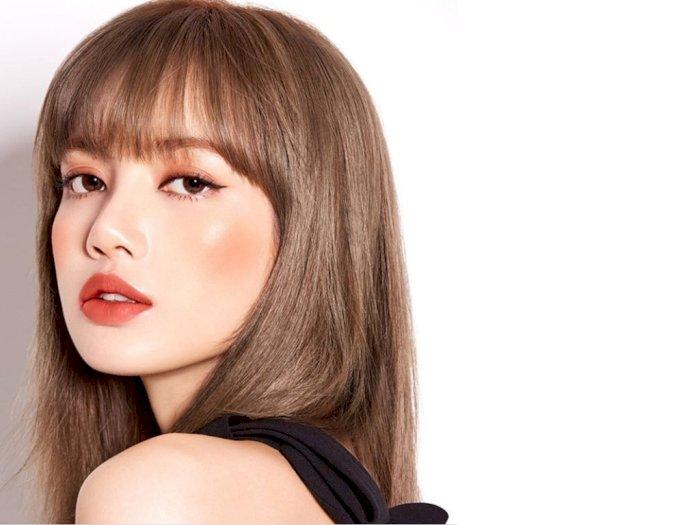 Lisa Blackpink Bikin Majalah Fashion di Tiongkok Diserbu
