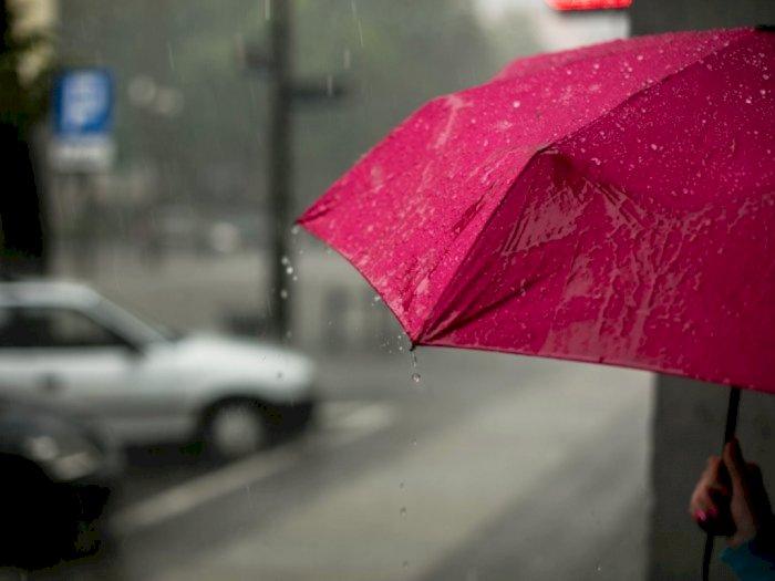 Seluruh Wilayah DKI Jakarta Diprediksi Diguyur Hujan Hari Ini