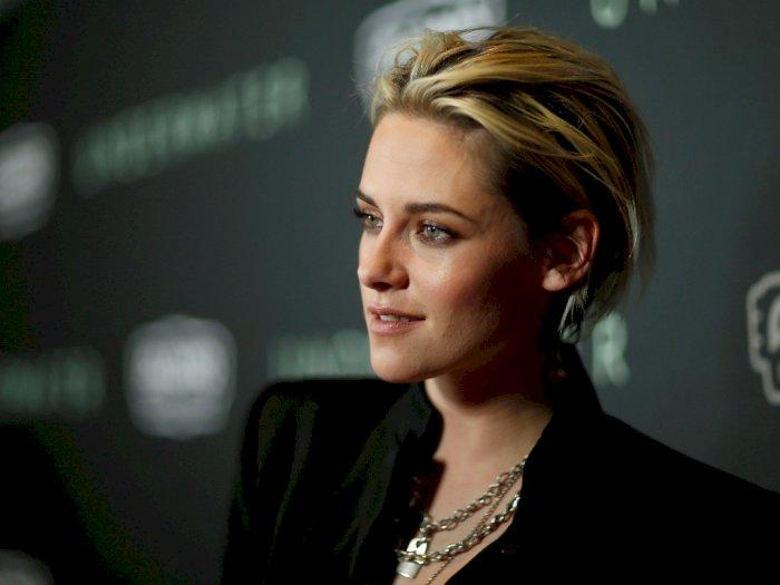 Kristen Stewart Sebut Zoe Kravitz Pantas Perankan Catmowan