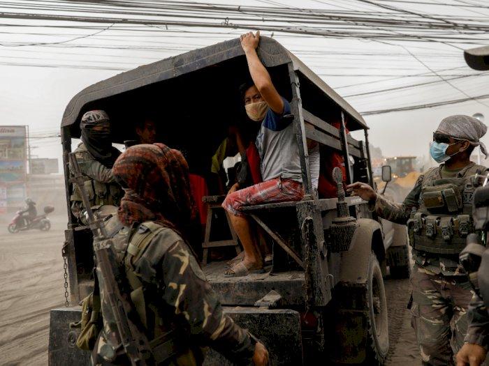 FOTO: Gunung Taal di Filipina Erupsi, Ribuan Warga Dievakuasi