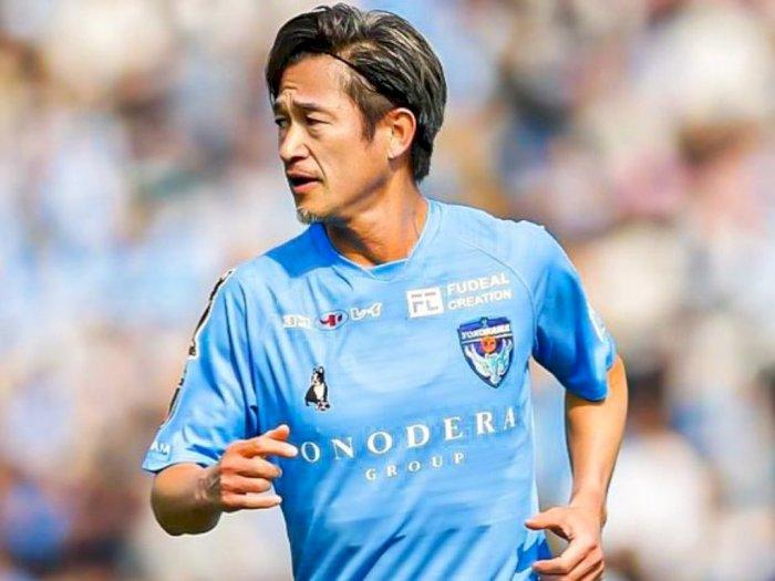 Yokohama FC Resmi Perpanjang Kontrak 'Kakek' Kazuyoshi Miura