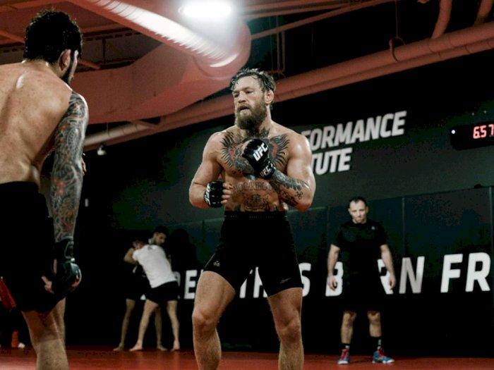 Ingin Juara Dunia, McGregor Ajak Duel Manny Pacquiao