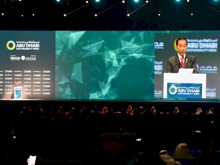 Jokowi Sebut Indonesia Siap Pasok Baterai Lithium-ion