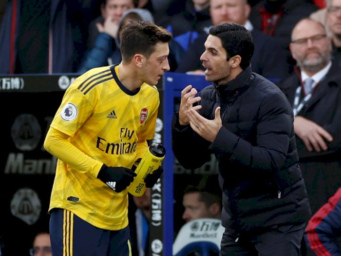 Ozil Sebut Arsenal Kembali Garang Setelah Dilatih Mikel  Arteta
