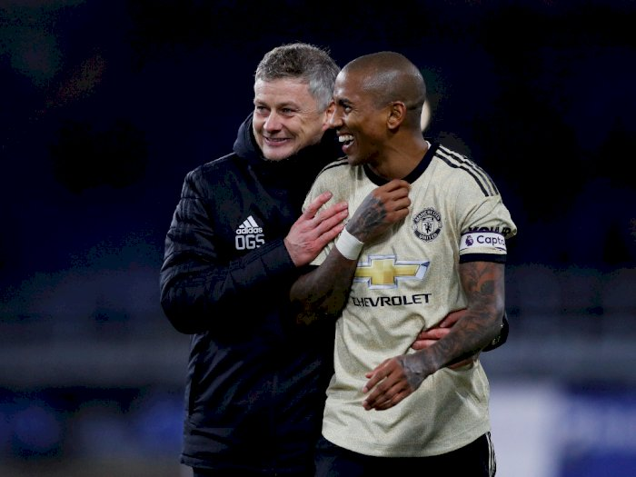 MU-Inter Sudah Deal, Ashley Young Segera Merapat