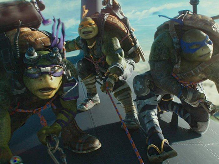 Sinopsis Film Teenage Mutant Ninja Turtles: Out of the Shadows (2016)